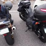 私のCB400SF(左)ともっちゃんのV-Strom