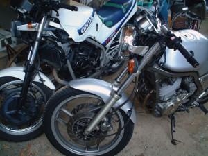 VT250とSRX400